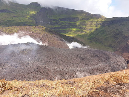 St Vincent warns of volcanic eruption, orders evacuations